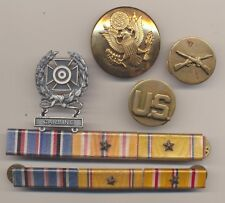 Lot WWII Army Infantry Enlisted Visor Hat Badge Collar Ribbons Marksman Carbine