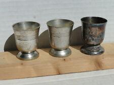 3 coquetiers, différents, en métal argenté avec poinçons