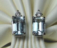 Collares y colgantes de joyería de oro blanco aguamarina diamante