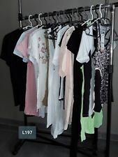 DESTOCKAGE VÊTEMENTS: Lot de 20 hauts tshirts femme neufs revendeur L197