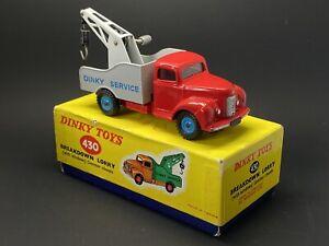 DINKY 430 BREAKDOWN LORRY, RED, GREY, WINDOWS, PLASTIC HUBS, VERY NEAR MINT.