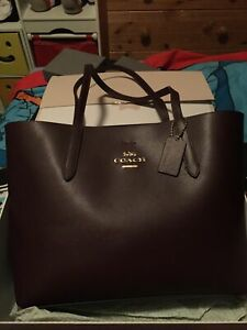 Coach Oxblood Leather Tote Bag Oxblood/ Red/Plum Shoulder Medium Size Bnwot