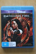 The Hunger Games - Catching Fire (Blu-ray, 2014)   Preowned (D219)