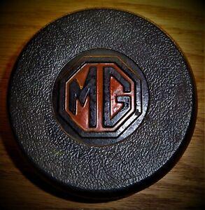 MG MGB CENTER HORN PUSH ASSEMBLY CLEAN ORIGINAL USEABLE MG-B MGB-GT HORN PAD MGB