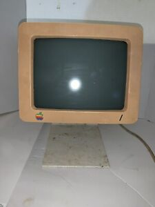 Vintage Apple Monitor G090S, A2M4090 with Stand. I Can Hear It Power On??