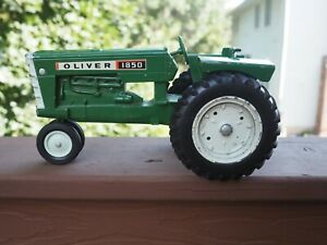 Vintage 1960's Ertl Oliver 1850 Green Diecast Farm Tractor 1/16 Scale