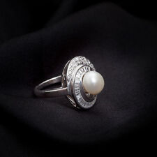 Classy 5.80 Cts Round Brilliant Cut Diamonds Pearl Cocktail Ring In 18Karat Gold