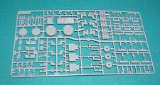 Halcón Milenario Star Wars Fine Molds/Revell 1/72 piezas de mazarota un detalle.