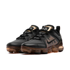 NIKE AIR VAPORMAX 2019 GS - UK 4.5/US 5/EU 37.5 - BLACK/GOLD (AJ2616-004)