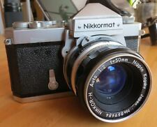 Fotocamera Reflex Analogica Nikon Nikkormat 50 mm con custodia originale Japan