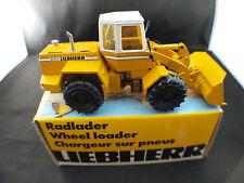 Conrad Liebherr L 531 chargeur sur pneus Radlader Wheel lader neuf mint box 1/50