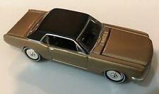 JOHNNY LIGHTNING - 1:64 - 1965 Ford Mustang