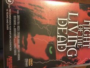 DVD  The Living Dead