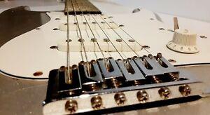 Malibu Greg Bennett Design Electric Guitar Samick Silver