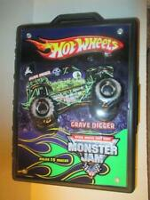New ListingHot Wheels Monster Jam Carry Case with 5 Monster Trucks 15 Other Vehicles