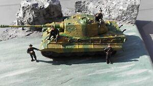 "diorama char Tigre Royal ""Königstiger"" et son equipage echelle 1:72"