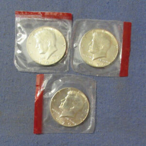 LOT OF 3 1970 D KENNEDY HALF DOLLARS 40% SILVER UNC IN CELLO MINT PACKAGE