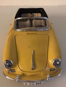 Modellauto Porsche 356 B (1961) Maßstab 1:18 Gelb / Chrom von burago