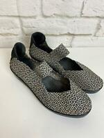 Bernie Mev Mary Jane Wedge Heel Polka Dot Size 39 EUR 9 US Comfort Shoes A56