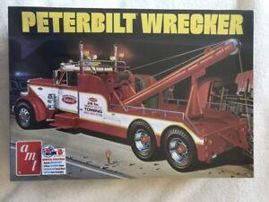 AMT 1/25 Peterbilt Wrecker plastic model kit R2AMT1133