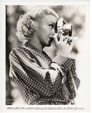 GINGER ROGERS Original Vintage Photo Taking Pictures With Her Camera 1935