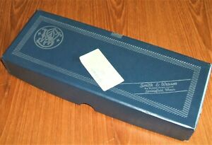 SMITH & WESSON BANGOR PUNTA Co REVOLVER BLUE FACTORY BOX ONLY METAL CORNERS