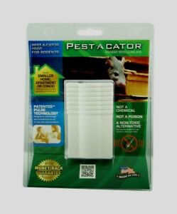 Pest A Cator PEST REPELLER 1000 sq ft Electronic Rodent Mouse Repellent 1100 NEW