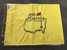 VIJAY SINGH AUTOGRAPHED 2017 MASTERS GOLF FLAG (2000 MASTERS CHAMPION!) PGA