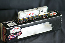 More details for atlas classic 8334 gp-7 locomotive kansas city southern #4150 used- weathered