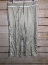 Nike Nylon Pants Size Medium 8-10 Cropped Capris