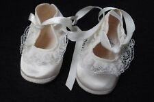 vtg Mrs Day's Ideal white size 0 satin lace ribbon tie mary jane baby crib shoe