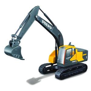 1:50 Volvo EC220E Excavator by Bburago in Yellow 18-32086