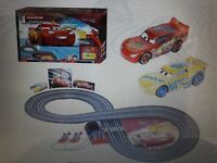 Circuit CARRERA FIRST Disney·Pixar Cars 3 - 2,4 m de piste Neuf