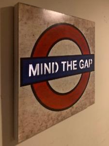 London Underground 'MIND THE GAP' light up sign Active