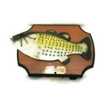 1999 Singing Big Mouth Billy Bass Take Me To River  Don't Worry Be Happy *VIDEO*