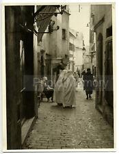 Alger : femmes dans une ruelle de la Casbah - Photo ancienne Algérie 1935