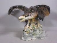 """Große Porzellanfigur """"Adler mit ausgebreiteten Schwingen"""" ca. 33,0 cm H 5T881"""