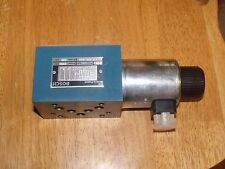 Bosch Rexroth 0 811 020 040 3500PSI Hydraulic Solinoid Spool Valve 24VDC Coil