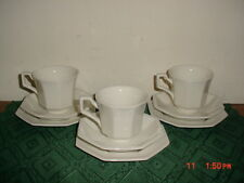 """9-PC JOHNSON BROTHERS """"HERITAGE"""" WHT/CUPS-SAUCERS-BREAD PLATES/ENGLAND/FREE SHIP"""