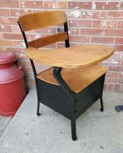 Vintage Child's School Desk Oak Seat And Back Black Steel Frame Irwin Seating Co
