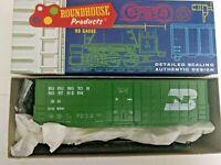 HO scale roundhouse Burlington Northern 50' waffle box car klt