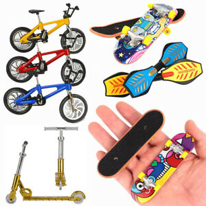 Finger Scooter Fingerboard Mini Skate Board Deck Set Skateboard Kids Adults Toy