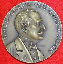 Medal alluding to the 1st center. Lar Conde Agrolongo / Jose F. Correia