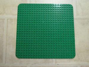 LEGO DUPLO Große Grundplatte Bauplatte Platte 38 x 38 cm Grün *B-Zustand*