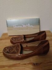 Thom McAn Womans loafers Flats Size 11m Brown Leather Slip On close to new