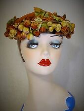 FAB AMERICAN 1950s  PANNE VELVET HAT WITH  BERRIES BY JULIUS GARFINKEL & CO