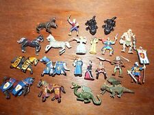 Joblots mini plastoy figure jouet figurines cheval chevaliers dragon chien fairy people