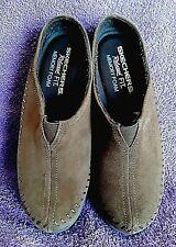 SKECHERS Savor Sedona Suede Low Clogs Shoes Women's Size 6.5  FAUX FUR