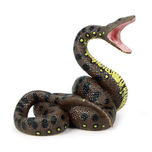 Realistic Snake Fake Lifelike Scary Rubber Toy Party Halloween Prank Prop Joke