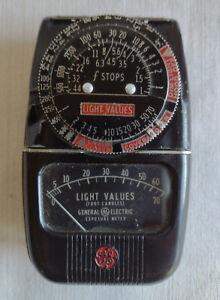 Vintage General Electric GE Type DW-48 Photo Light Exposure Meter